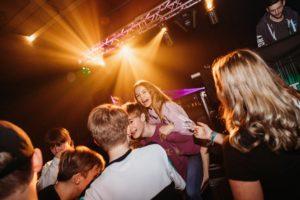 bedte fest for unge med dj og lys